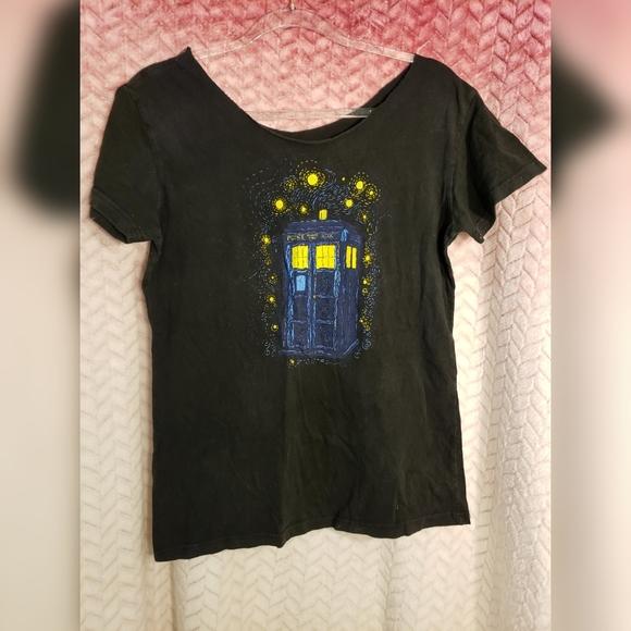 Teefury Tops - Vintage Tardis Starry Night T-Shirt Mash Up XL